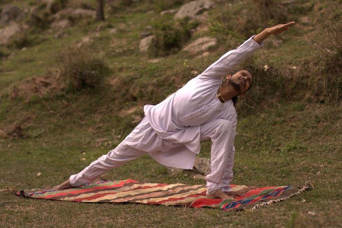 what is yoga iyengar
